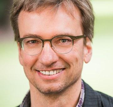 Steffen Bambach by Annette Koroll